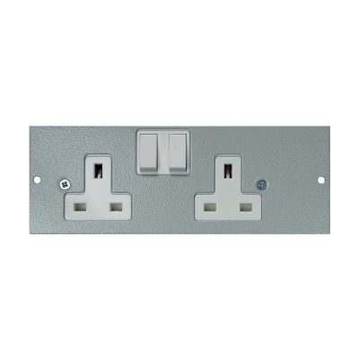 4 Compartment – Left Hand Twin Switched Socket Plate
