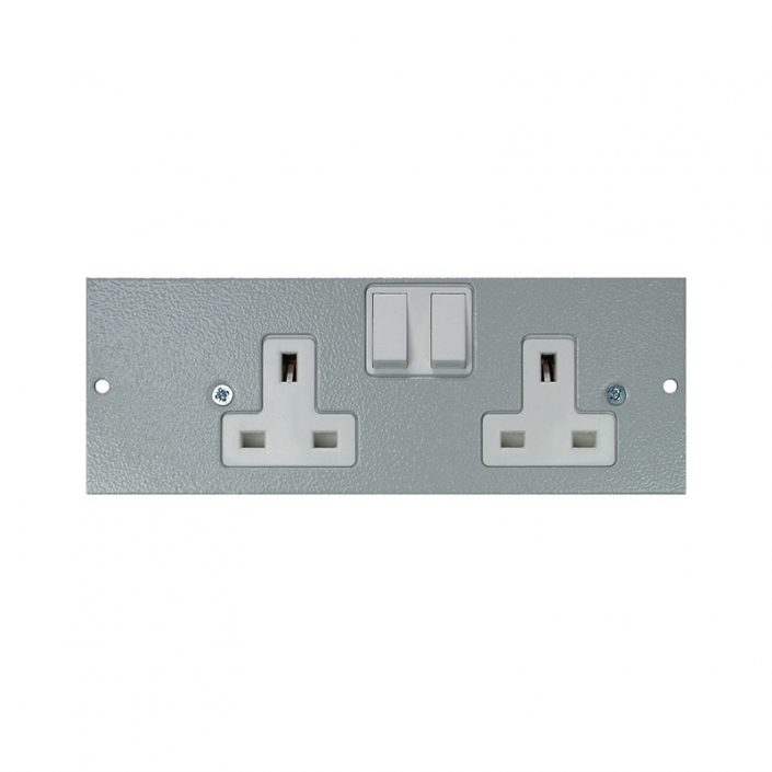 4 Compartment – Right Hand Twin Switched Socket Plate